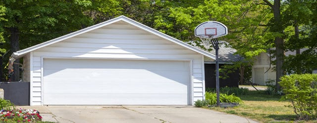 The Dangers Of Diy Garage Door Repair Rs Erection Of Concord
