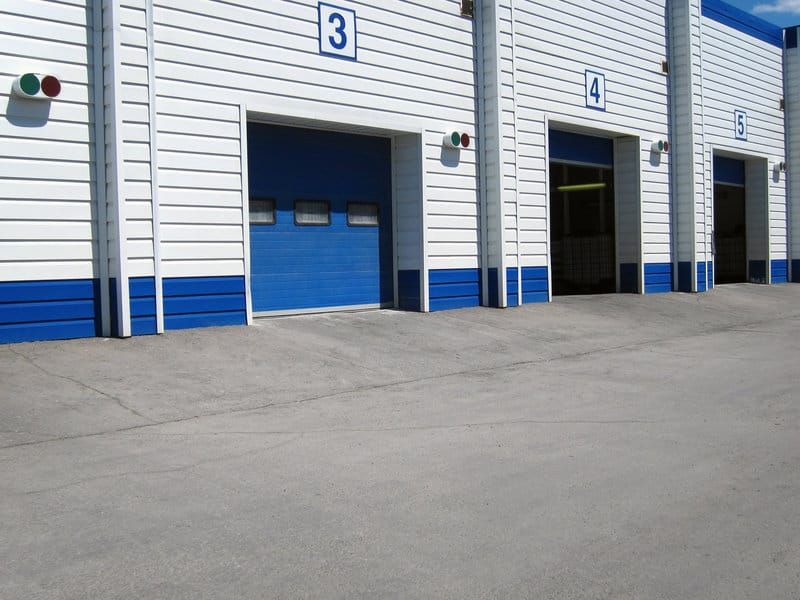 what you need to know about commercial overhead doors